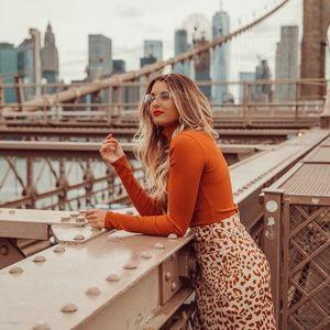 Lulus rust turtleneck sweater bodysuit